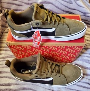 Vans Sneakers Mens Size 13 NWT